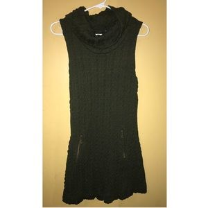 Olive green knitted turtle neck dress with pockets